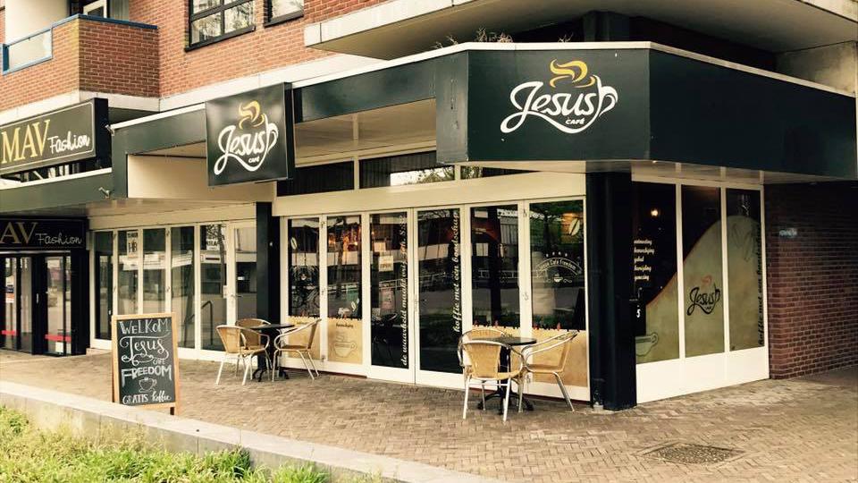 DEF Voorkant café